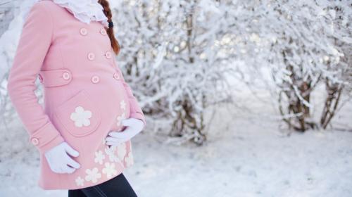Letnje trudnoće imaju svoje dobre strane, zimske imaju još više