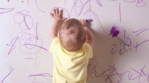 Šaranje zidova je izraz kreativnosti, a ne besa i buntovništva