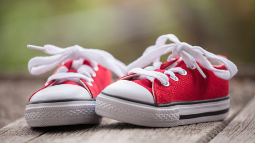 Kako treba da izgledaju cipelice za prve dečje korake
