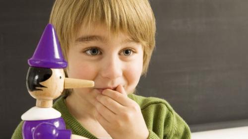 Zbog čega deca lažu i kako reagovati kada ne govore istinu