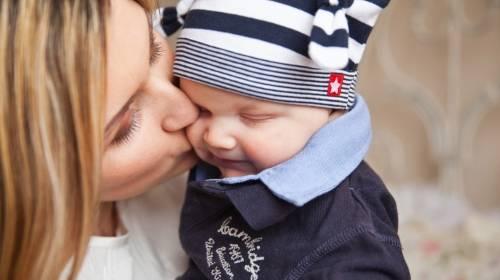 Ove stvari obavezno uradite pre bebinog prvog rođendana