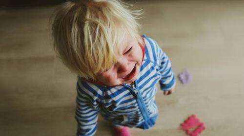 Mala deca su veliki manipulanti, ali ima načina da im se doskoči