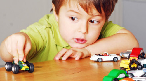 Pomozite detetu da savlada samostalnu igru