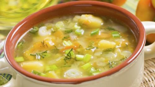 Domaća pileća supa – hrana i lek!