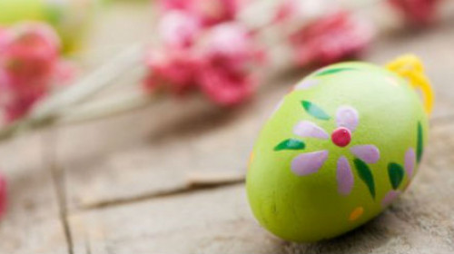 Ofarbajte jaja uz pomoć pucketave folije