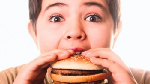 Brza hrana kriva za loše ocene?