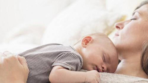 Trikovi koji pomažu da se beba sama uspava