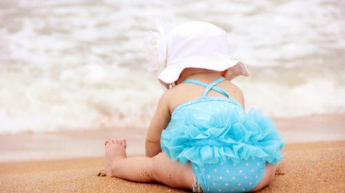 Svaka beba će uživati na plaži ako joj nabavite jednu važnu stvar