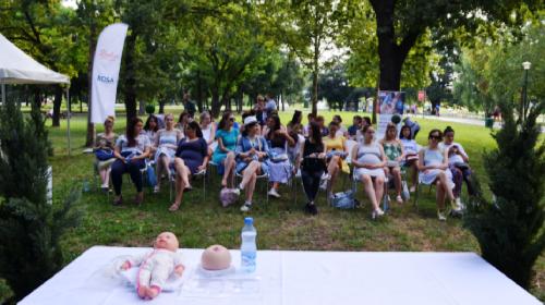 Od juče još 45 budućih majki više ne strepi od dojenja