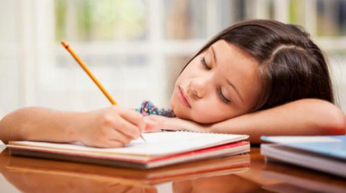 Kako su se snašli vaši đaci-prvaci? Rade li domaći? Ide li im pisanje?