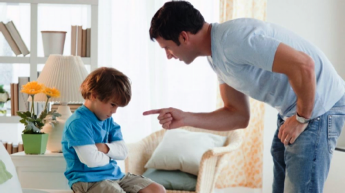 Da li ste svesni kako svaka vaša reč, posebno ona ružna, deluje na dete