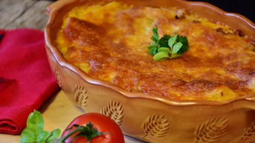 Spremite jedno čuveno domaće jelo i jedan čuveni američki desert