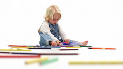 Deca treba da crtaju