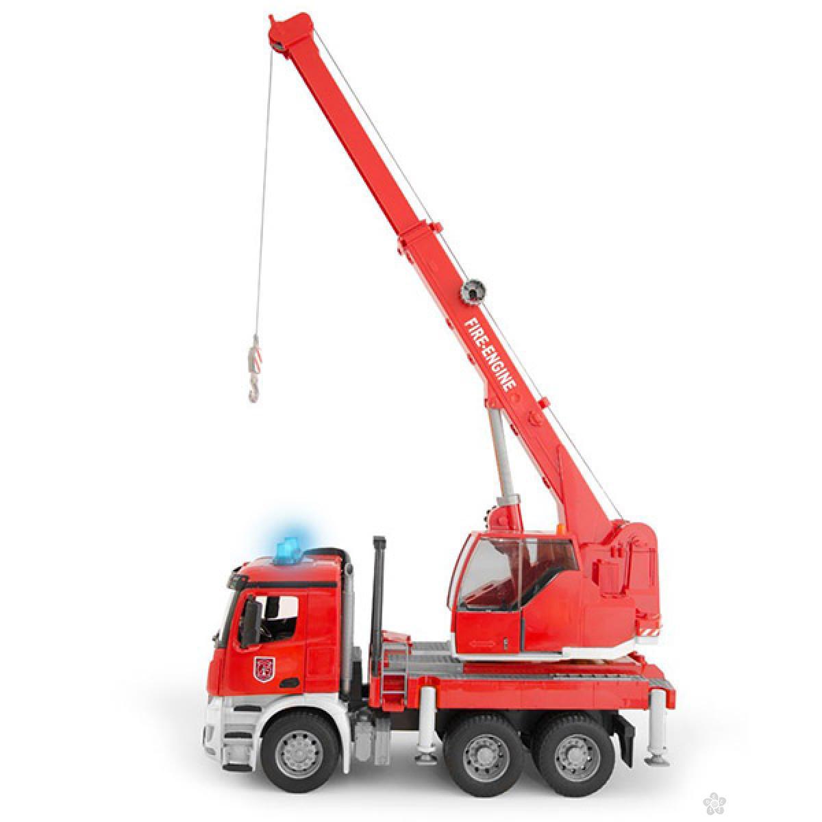 Vatrogasni Bruder Kamion sa kranom  036751