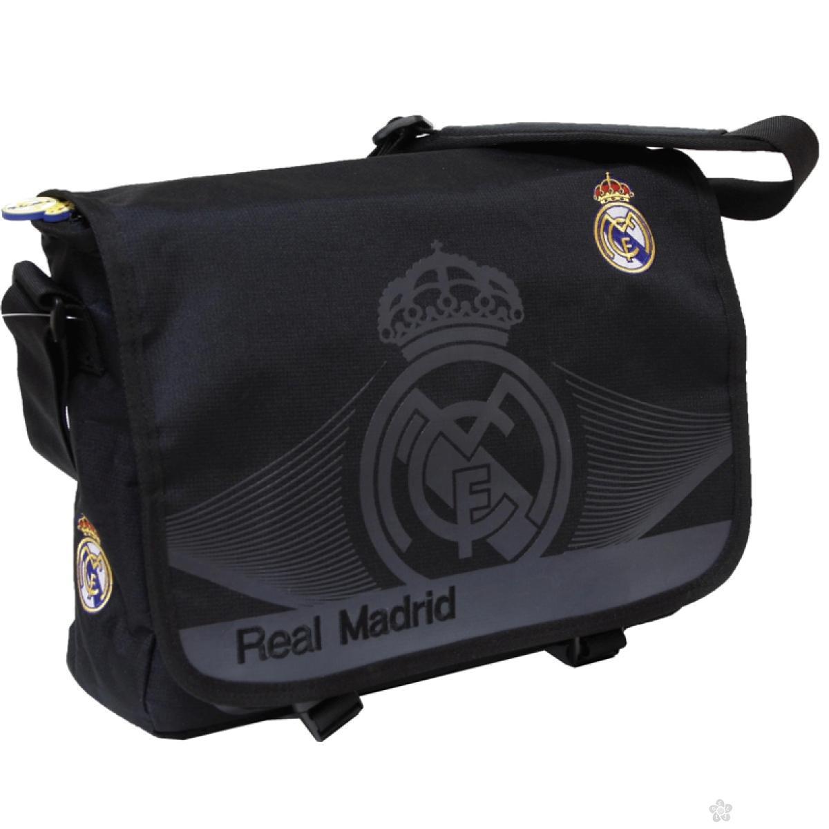 Real Madrid torba na rame 49538