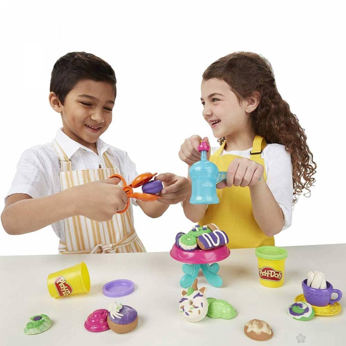 Set za modelovanje Play Doh neodoljive krofne E3344